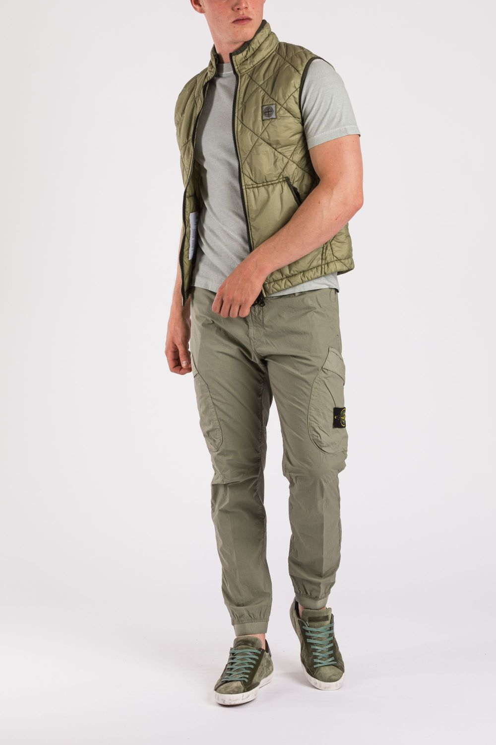 Stone Island Herren Steppweste Garment Dyed Quilted Micro Yarn Olive 2